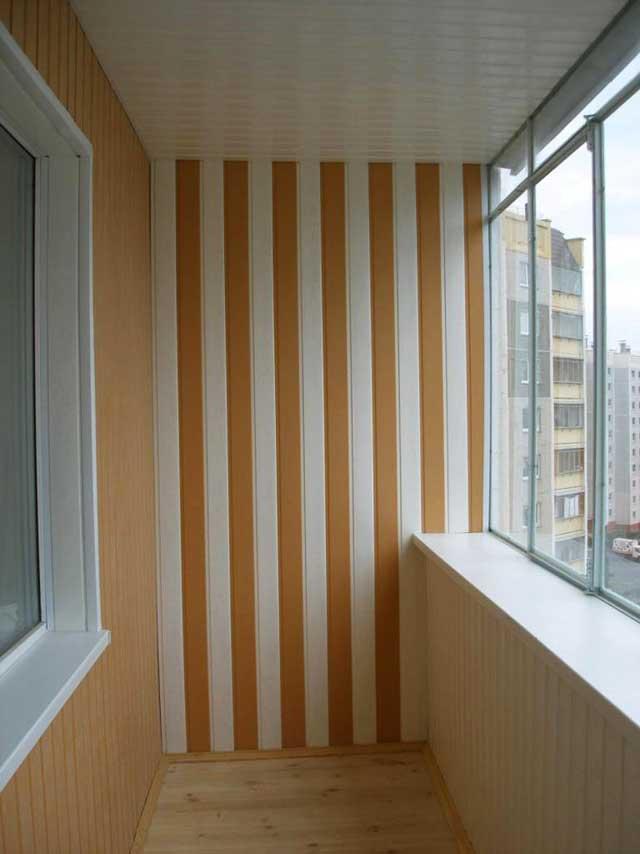 обшивка стен балкона из пластиковых плит