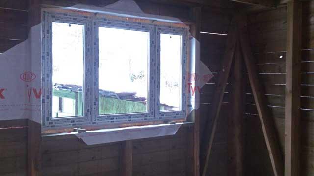 пластиковые окна в каркасном доме